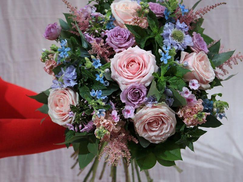 Yıllardır Özenle Afyonda Çiçekçi Hizmeti Veriyoruz